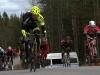 Loppukiritaistoa TWL:n kaksoisvoiton takana. Edessä kolmanneksi tullut Saku Silfver CV, oikealla neljäntenä Teemu Viholainen Akilles, Silfverin perässä viides Ville-Pekka Reponen IK-32, hänen oikealla puolellaan kuudes Ville Kantola IK-32, Villejen välissä kahdeksas Jaakko Toppari JurVo ja kuvan vasemmassa reunassa mestarinpaidassa 12. Lotta Lepistö IK-32. Kuva: Jari Ollila