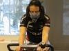 Team on Medical Tech Oy:n kanssa aloittanut pitkäjänteisen kuntotestausyhteistyön. Testien avulla kyetään entistä paremmin seuraamaan joukkueen jäsenten kehitystä eri osa-alueilla, mutta myös määrittelemään ajajien henkilökohtaiset vahvuudet ja heikkoudet. Tämä käynnistetty testausseuranta on osa teamin terveys- ja hyvinvointi-ohjelmaa. Kuvassa Anna Lindström ajamassa omaa testiään.