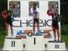 SM-kilpailut jatkuivat tänään 29.6. Noormarkussa naisten yhteislähdöllä. Teamin naiset ajoivat vahvasti kilpailun alusta lähtien ja välivuoden jälkeen päästiin taas SM-maantiellä mitalinmakuun. Tällä kertaa oli kotiin tuomisena peräti kaksi mitalia, kun Riikka Pynnönen sijoittui toiseksi ja Anna Lindström kolmanneksi. Vuodesta 2009 lähtien teami on kerännyt Elite-naisten maantieajoista kolme hopeaa ja kaksi pronssia, mutta mestaruus vain antaa odottaa. Tänään mestariksi kruunattiin viime vuoden tavoin kotimaisemissaan ajanut Porin Tarmon Lotta Lepistö.
