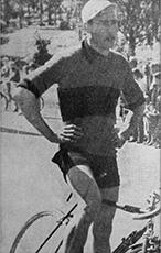 Holger Winqvist oli seuramme ensimmäinen pyöräilijä, joka kilpaili maajoukkueessa toisessa maassa.