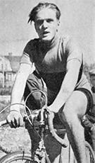 Sven Hilden voitti maantieajon suomenmestaruuden.
