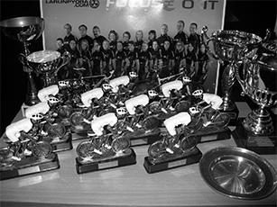 Kauden päättäjäisissä (pikkujoulut) oli taas kerran hyvännäköinen palkintopöytä.